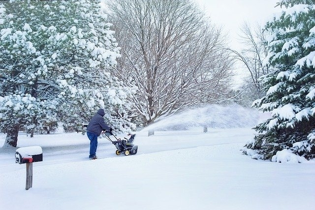 How to tackle the Denver snow - from your Denver landscaping specialists